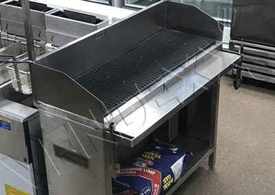 Commercial charcoal BBQ – Vendexx St-Laurent Montreal